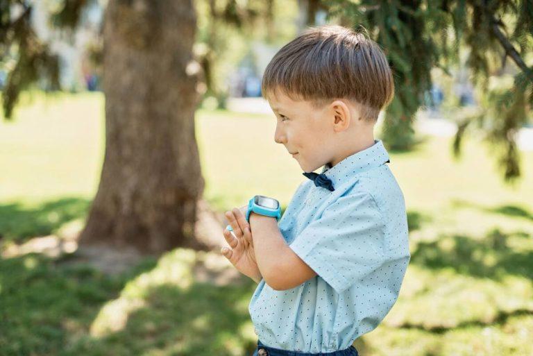 smartwatch med gps til børn