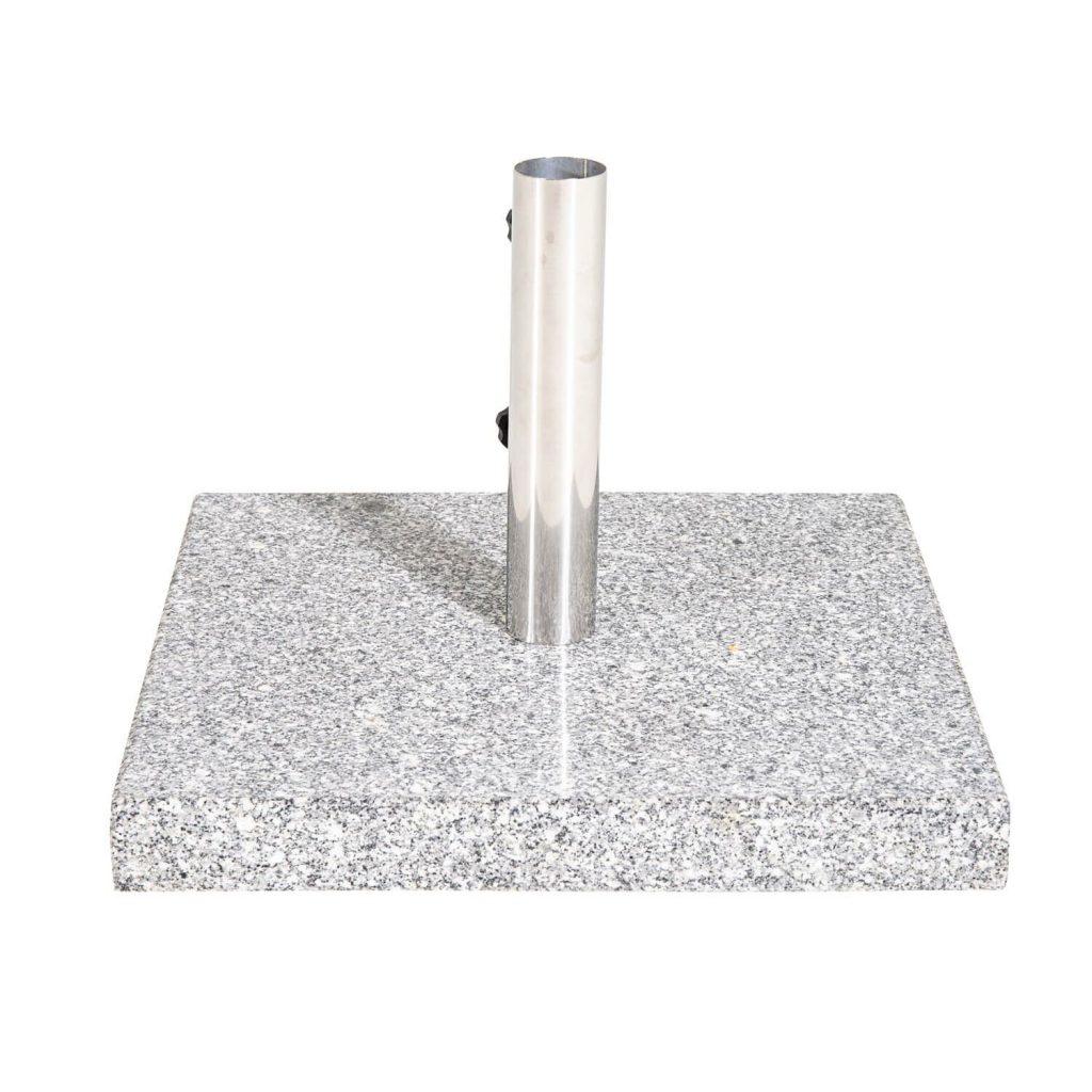 Grå parasolfod i granit med hjul