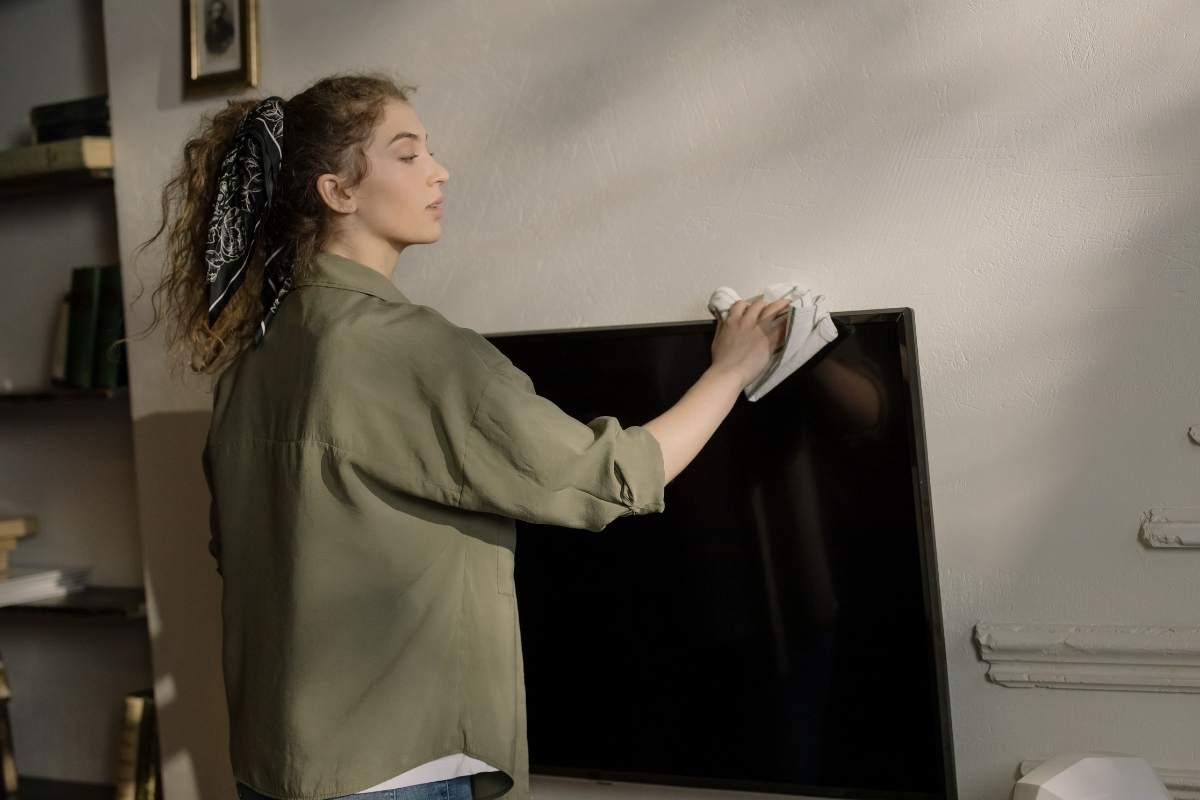 Rengøring af fladskærm