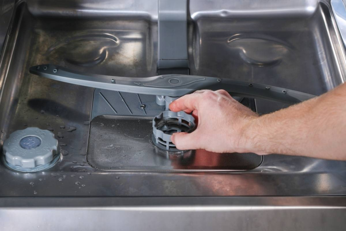 rengøring af opvaskemaskine